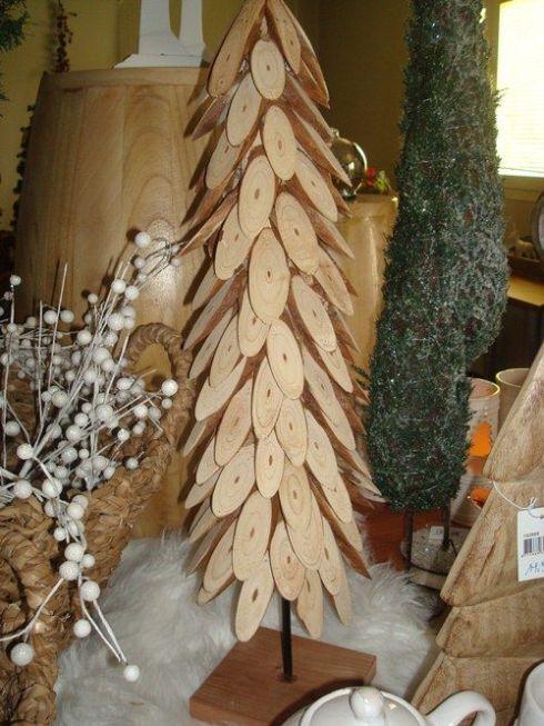 Árboles de Navidad rústicos reciclando restos 4