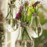 Cómo decorar con bombillas recicladas de estilo vintage