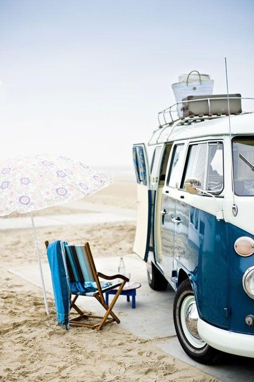 Vacaciones sugerentes ¡casa de verano con la vieja VW campervan!