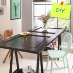 Transformar una vieja puerta en mesa de comedor
