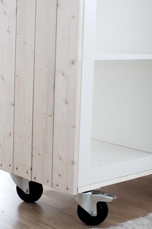 Como transformar muebles de Ikea tunear estanterías Ikea Expedit con palets 3