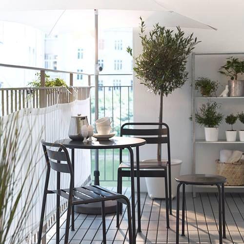Muebles de terraza para espacios peque os by ikea for Terrazas pequenas ikea