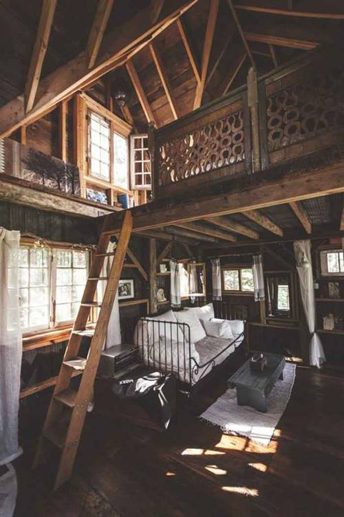 Genuina caba a de madera sobre los rboles para vivir - Cabanas de madera en arboles ...