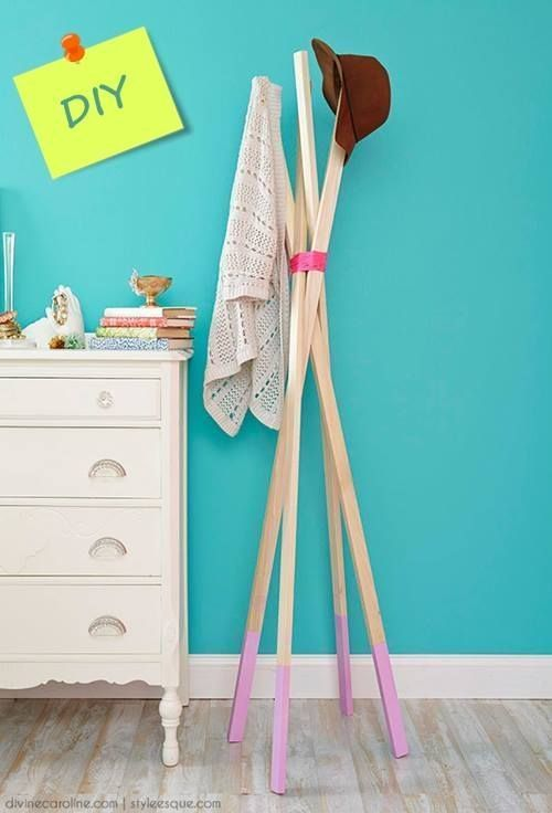 Ideas para decorar percheros de pie DIY 5