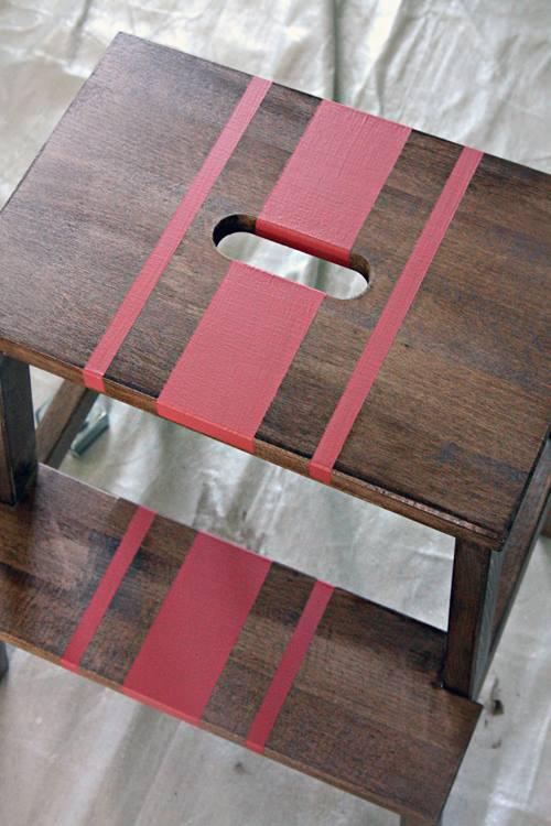 Tunear muebles Ikea una escalera de madera con mil y un usos 3