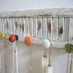 Ideas para decorar: cómo hacer colgadores con tiradores vintage