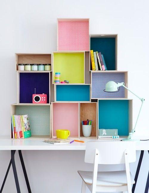 15 ideas para decorar cajas de madera y tunearlas en estanterías 2