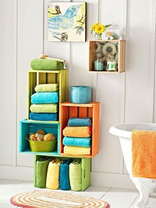 15 ideas para decorar cajas de madera y tunearlas en estanterías 5