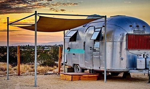 Casas con encanto imaginas vivir en una caravana así... 7