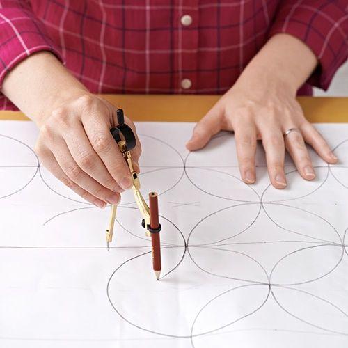 Pintar muebles cómo personalizar mesillas y cómodas insulsas 2