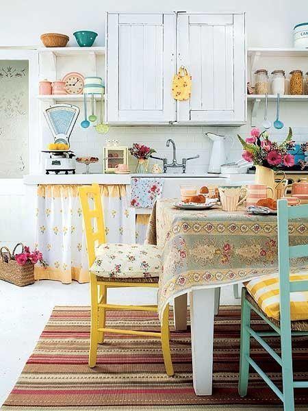 20 ideas para pintar muebles de madera antiguos a todo color 14
