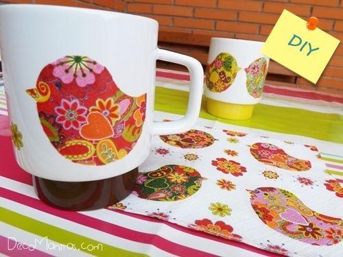 Decoupage con servilletas de papel cómo decorar tazas paso a paso 6