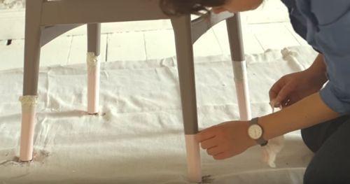DIY efecto dip pintar muebles con las patas sumergidas... 9