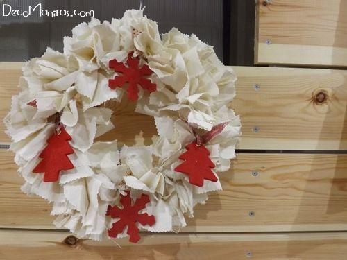 Manualidades navideñas cómo hacer una corona de Adviento DIY 11