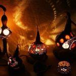 Artesanía con calabazas: lámparas originales llenas de misterio