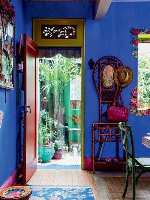 Colores para paredes intensos o ser audaz y pintar la casa con drama13