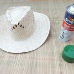 DIY con pintura en spray cómo personalizar sombreros de paja 2