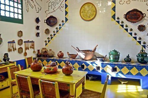 casas-con-encanto-la-personalisima-casa-azul-de-frida-khalo-4