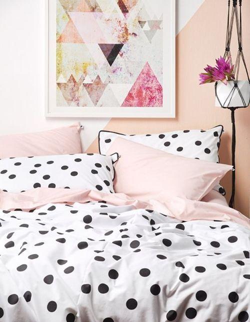 como-vestir-una-cama-para-hacerla-protagonista-del-dormitorio-9