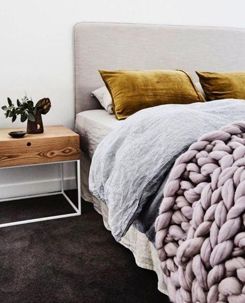 como-vestir-una-cama-para-hacerla-protagonista-del-dormitorio-15