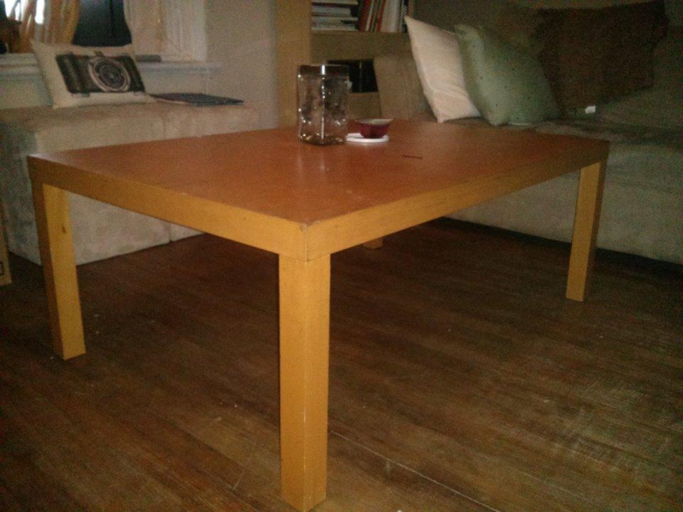 relooker une table basse en agglomere