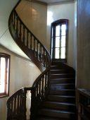 Cage d'escalier en faux marbre contemporain