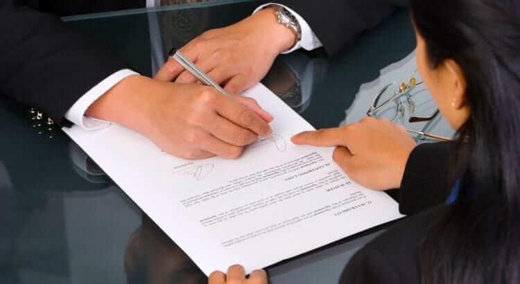 atenção no contratos