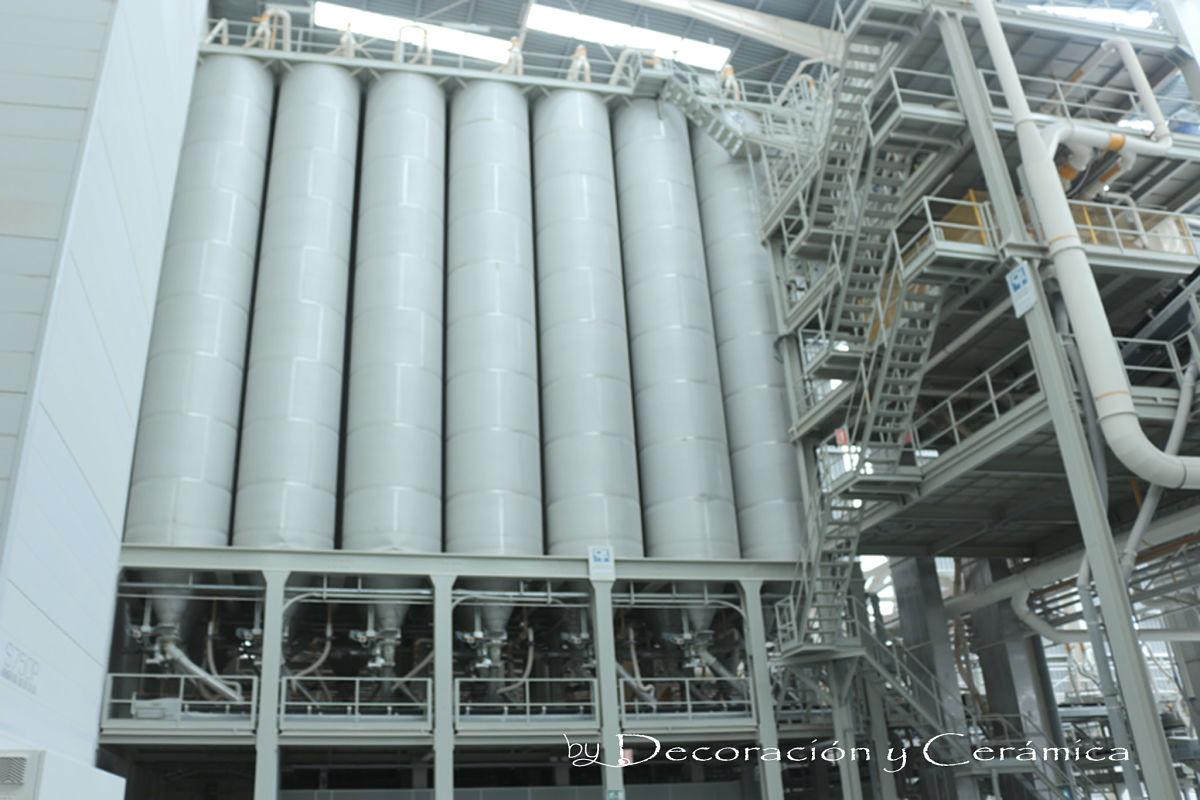 proceso de produccion de azulejo silos