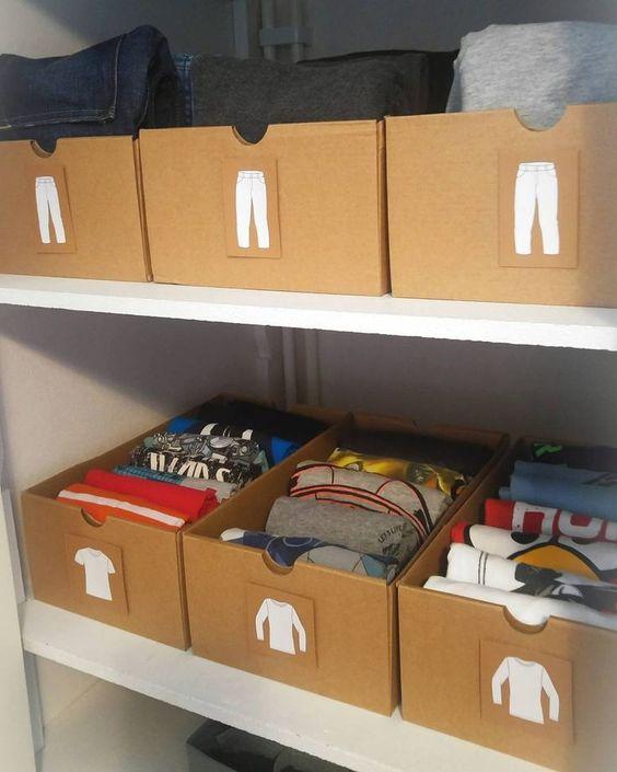 Almacenaje con cajas de cartón recicladas