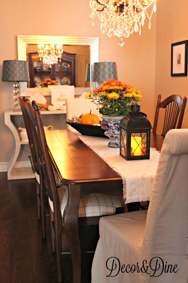 Fall in the dining room