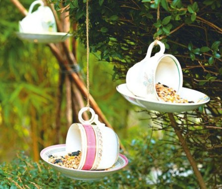 tea-cup-feeder-bird feeder