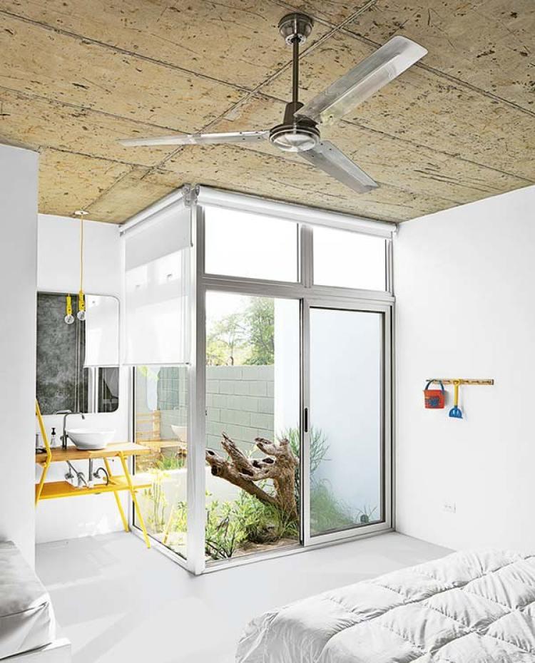 Dormitorio con naturaleza dentro