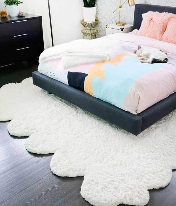 DIY: convierte unas alfombras pequeñas en una grande