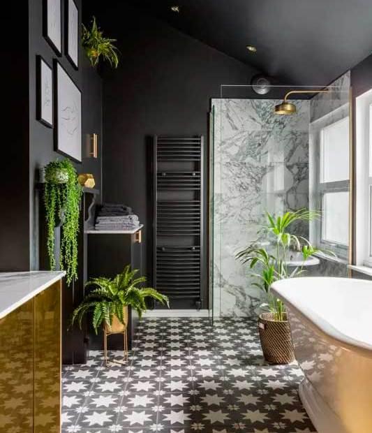 Decoración de baño lujosa