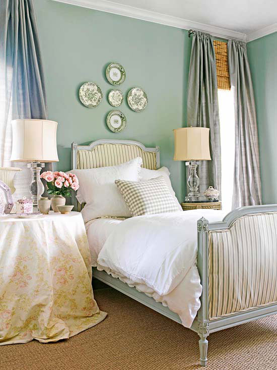 English Cottage Bedroom  Brighten Up Your Bedroom With A Global Twist  Decorating. English Cottage Bedroom Design   Bedroom Style Ideas