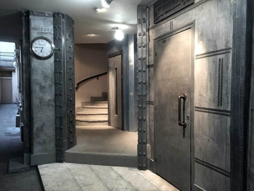 Hall-après-travaux style industriel,décoration hall d'entrée immeuble
