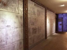 rénovation d'un hall d'immeuble ancien métallisé et avec IPN de séparation boulonné