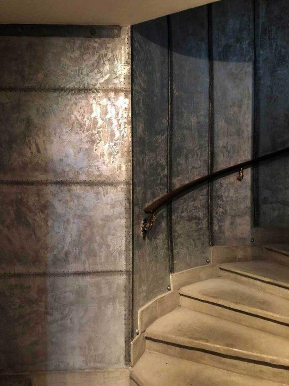 murs métal oxydés rivetés