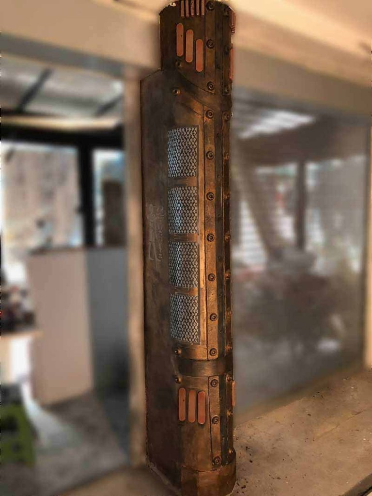 colonne métal pour restaurant style industriel