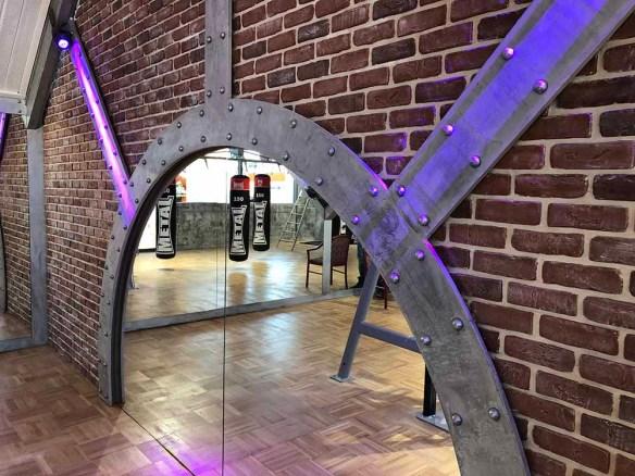 Le style industriel professionnel pour des murs métal en dimension 3D et style