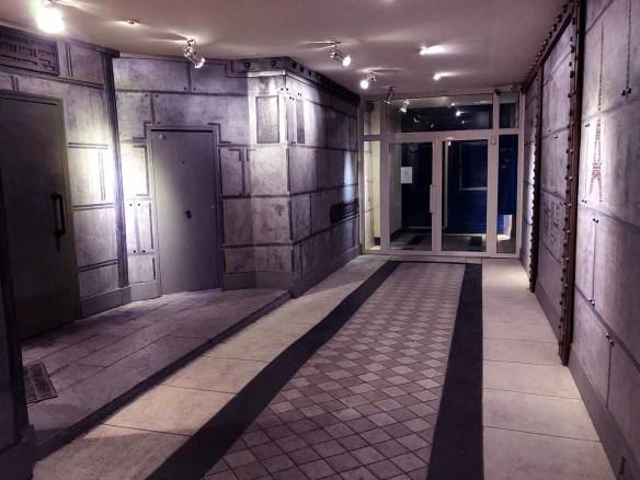décoration murs futuristes en trompe l'oeil