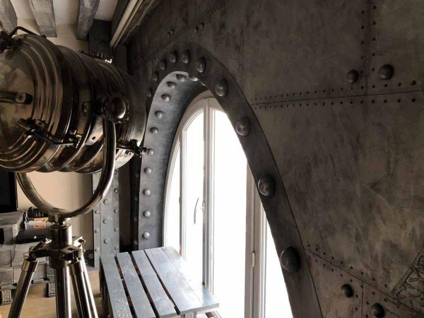 arche boulonnée et métallisée style Eiffel