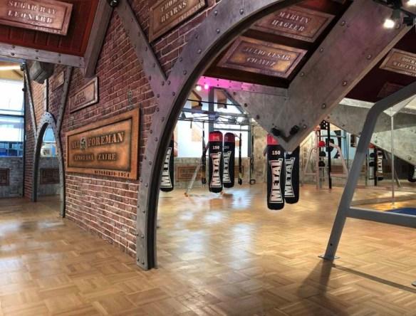 Décoration murs salle de sport et de boxe aux Pyramides de Port Marly