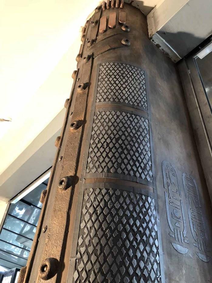 colonne de décoration style eiffel customisée