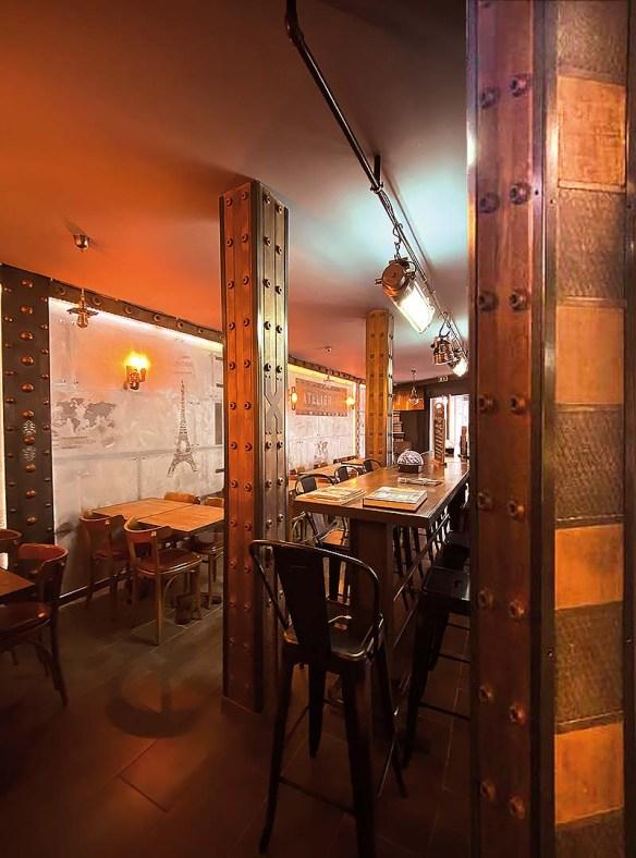 décoration murs style Eiffel et IPN style Eiffel