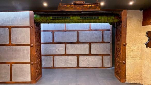 décorateur d'intérieur restaurant murs métal style industriel