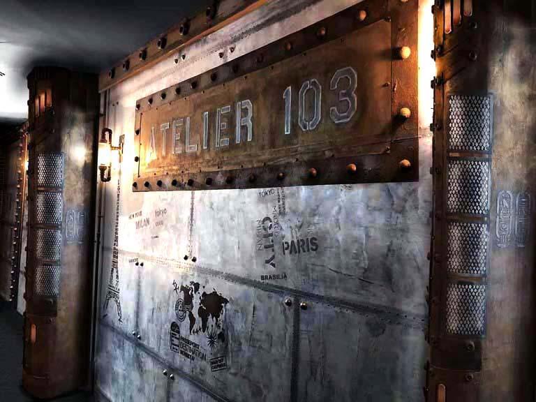 Chantier décoration de restaurant à Paris murs métal et IPN style Eiffel