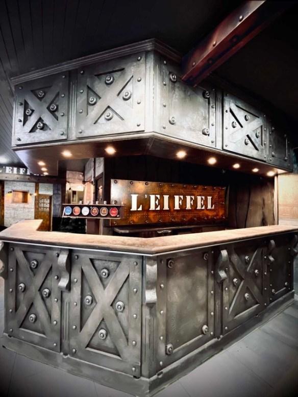 bar déco style industriel et Eiffel customisation métal