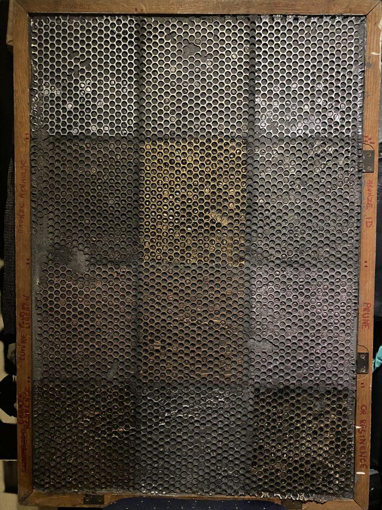 fausse grille et choix de métallisation