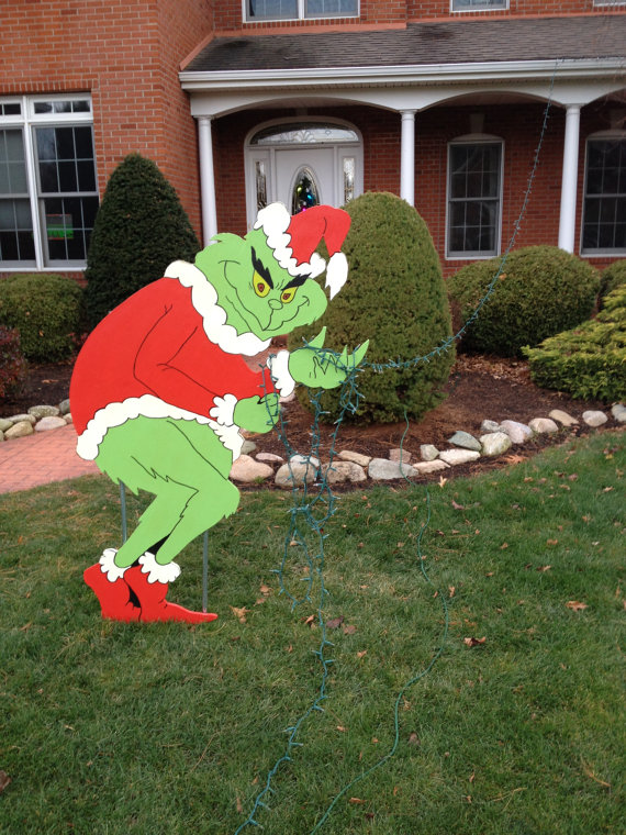 Candy Front Yard Christmas Decorating